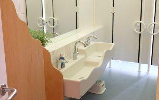 Waschraum - Kindertageseinrichtung Villa Kunterbunt e.V.